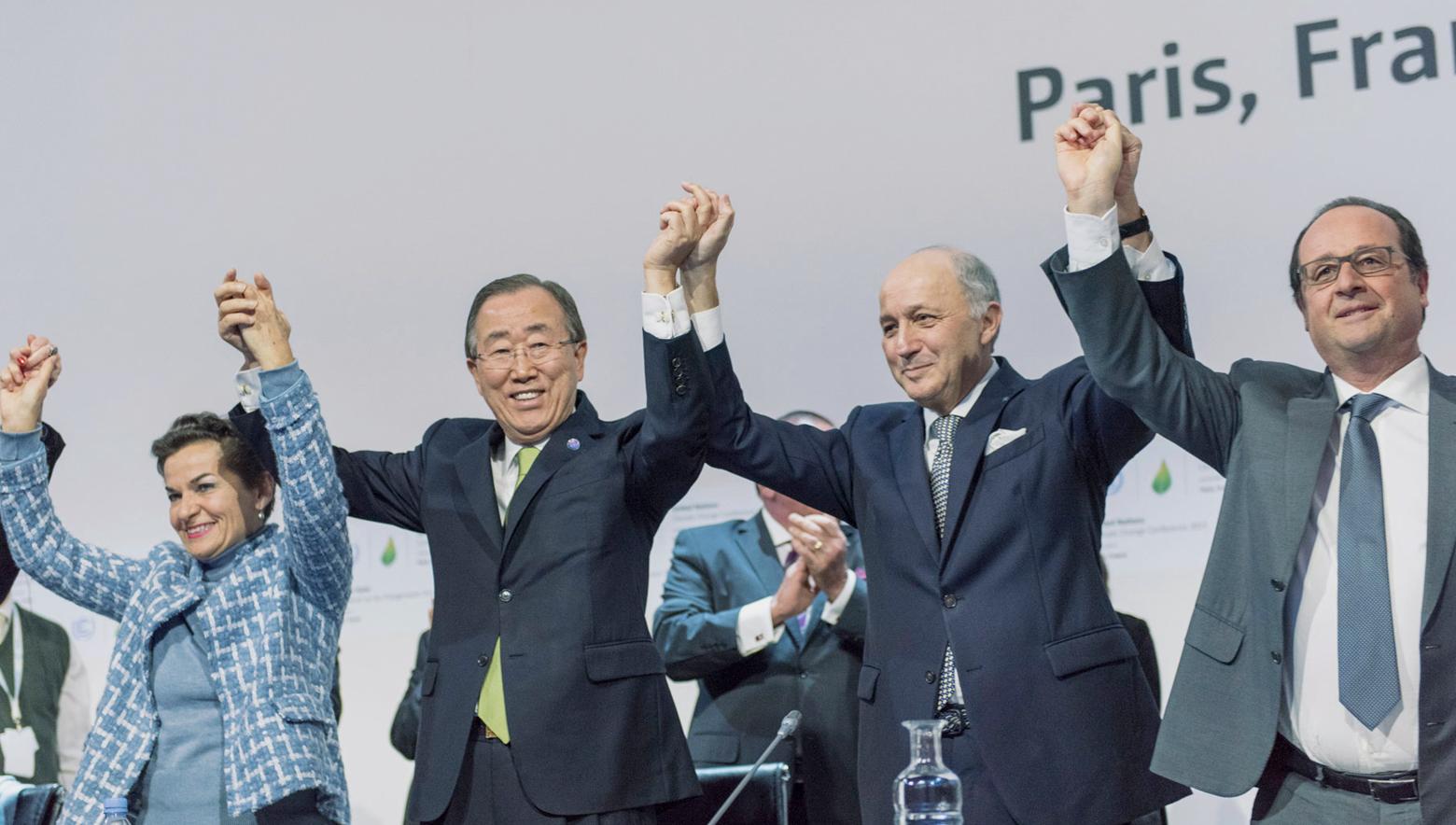 Генеральный секретарь ООН, президент м министр иностранных дел Франции приветствуют принятие Парижского соглашения по климату