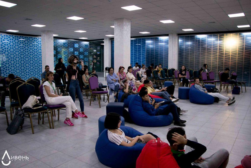 Дебаты 21 сентября, Алматы