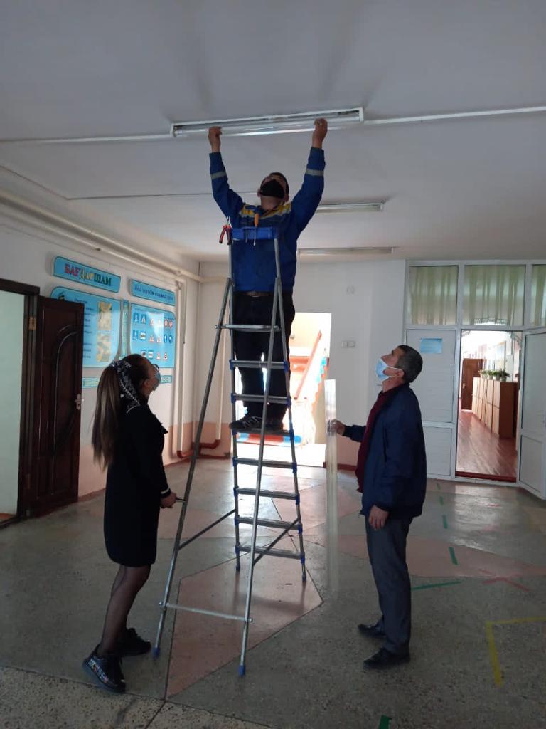 освещение в школе